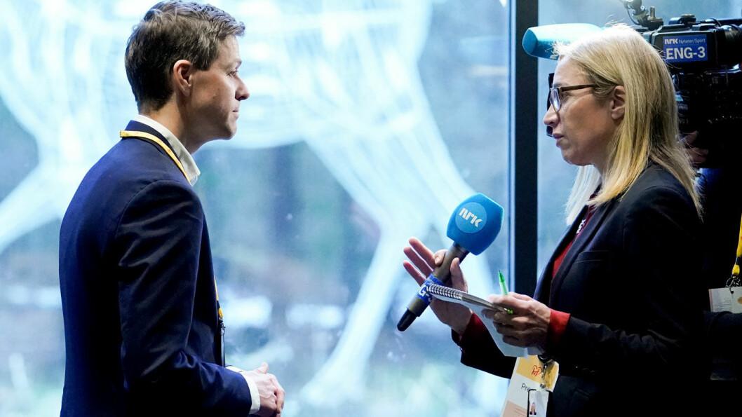 JOBBLØFTE: KrFs tidligere partileder Knut Arild Hareide tok fredag over ansvaret for samferdselspolitikken og erklærte at klima blir hans viktigste prioritering. Foto: Fredrik Hagen, NTB / scanpix