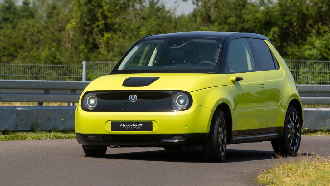 HONDA E: Batteri: 35,5 kW. Rekkevidde 220 km. Pris fra 266.000 kroner.4WD: Nei. Tilhengerfeste: Nei.