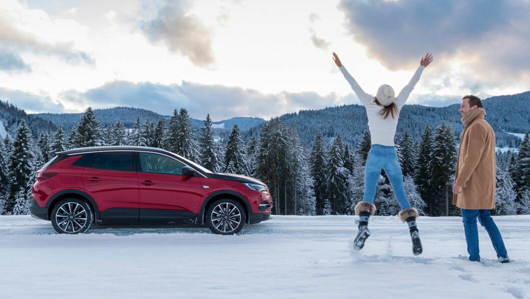 HURRA FOR OPEL: Med Grandland som ladbar hybrid og med firehjulsdrift, har Opel en modell som garantert vil finne et publikum i Norge.