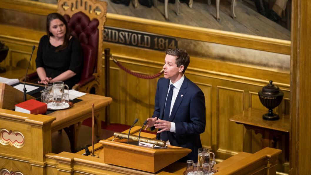 VIL MÅLE: Samferdselsminister Knut Arild Hareide er tilsynelatende i gang med å sette KrF sitt stempel på politikken til regjeringen. Foto: Stortinget