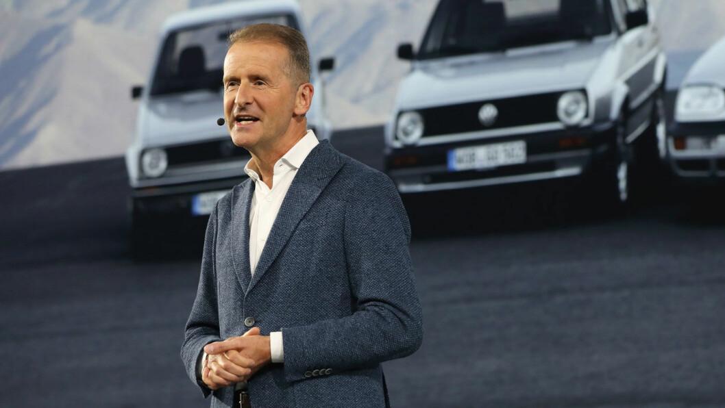 NEIN: Volkswagen og toppsjefen Herbert Diess stanser en milliardutbetaling til tyske dieselbileiere i protest mot motpartens advokathonorarer. Foto: Volkswagen AG