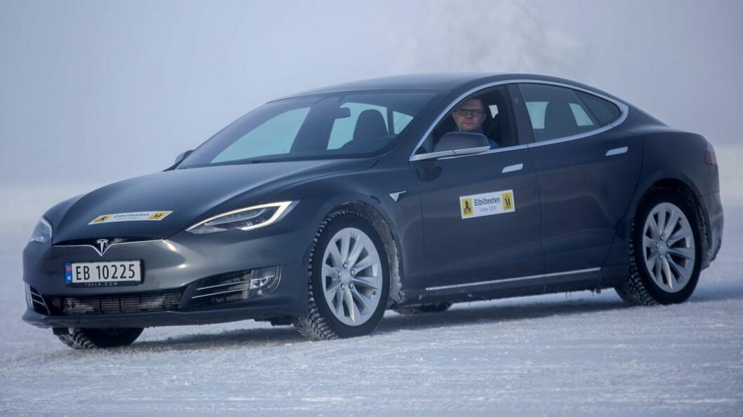REKKEVIDDEVINNER: Tesla Model S gikk lengst av alle i rekkeviddetesten. Foto: Tomm W. Christiansen