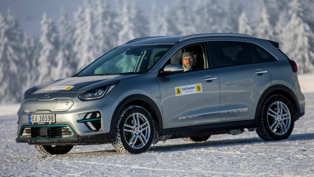 PLASS OG REKKEVIDDE: Kia e-Niro scorer høyt på egenskaper som gjør den populær som familiebil. Foto: Tomm W. Christiansen