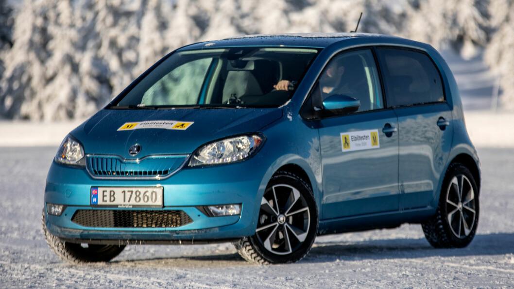 POSITIV: Bittelitte Skoda Citigo-e er mye elektrisk bybil for pengene. Foto: Tomm W. Christiansen