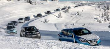 Så mye kortere går elbilene i vinterkulda