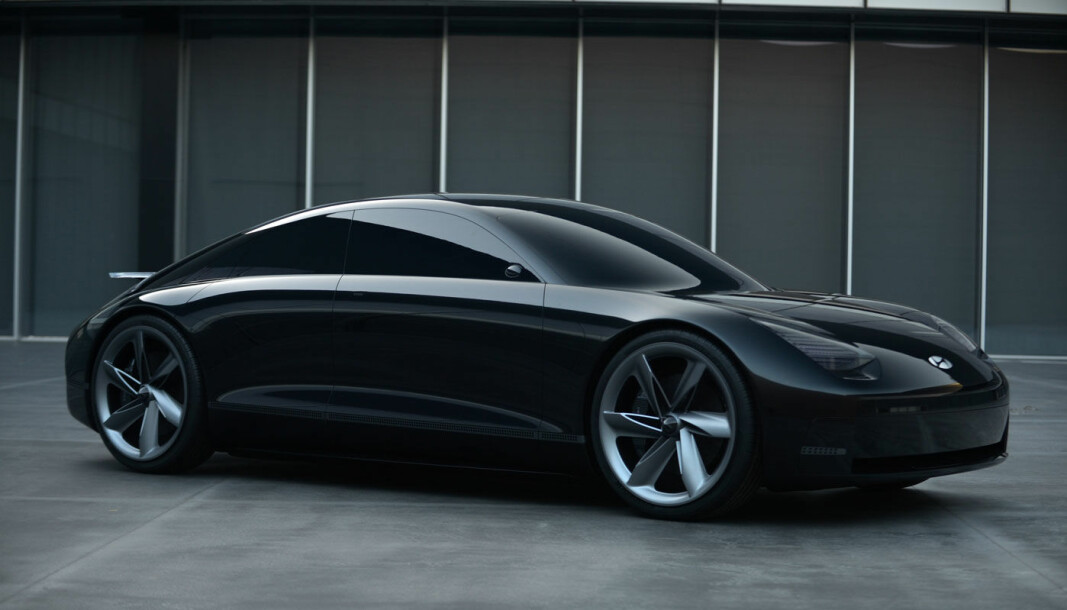 <b>STORE AMBISJONER:</b> Hyundai-gruppen er fast bestemt på ikke å la Tesla lede elbil-racet uten konkurranse. Her: Konseptbilen Prophecy.