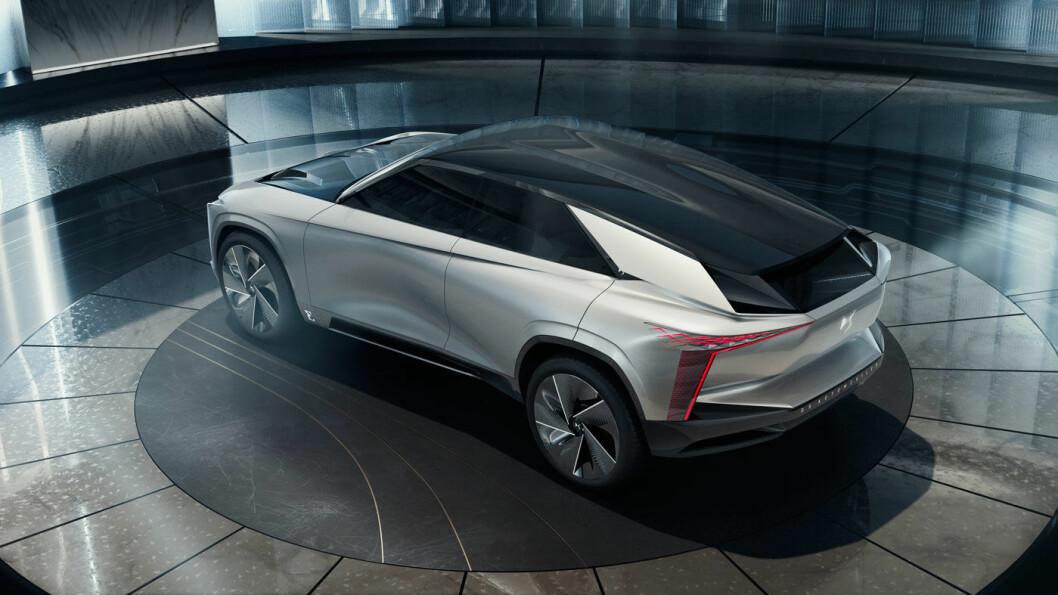 HARDTSLÅENDE: Det spektakulære utseendet til «supersport-SUV-en» har selvsagt som mål å gjøre at bilen blir lagt merke til og derved bidra til å gjøre det forholdsvis nye DS-merket mer kjent.