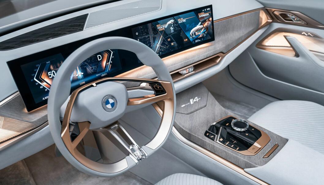 """<span class="""" font-weight-bold"""" data-lab-font_weight_desktop=""""font-weight-bold"""">NY STIL:</span> Interiøret i i4 blir nok hakket mer dempet enn dette, men i følge BMW vil hovedtrekkene bli de samme."""