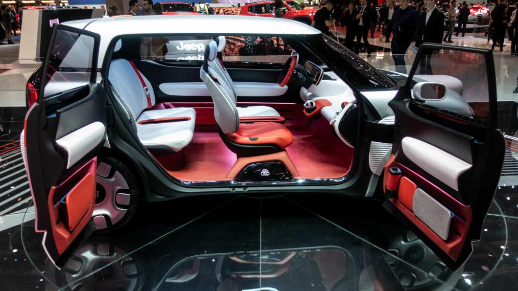 VIST SOM KONSEPT: Fiat Centoventi ble vist på fjorårets Genève-utstilling. Det er lite sannsynlig at produksjonsbilen får bakhengslede bakdører.