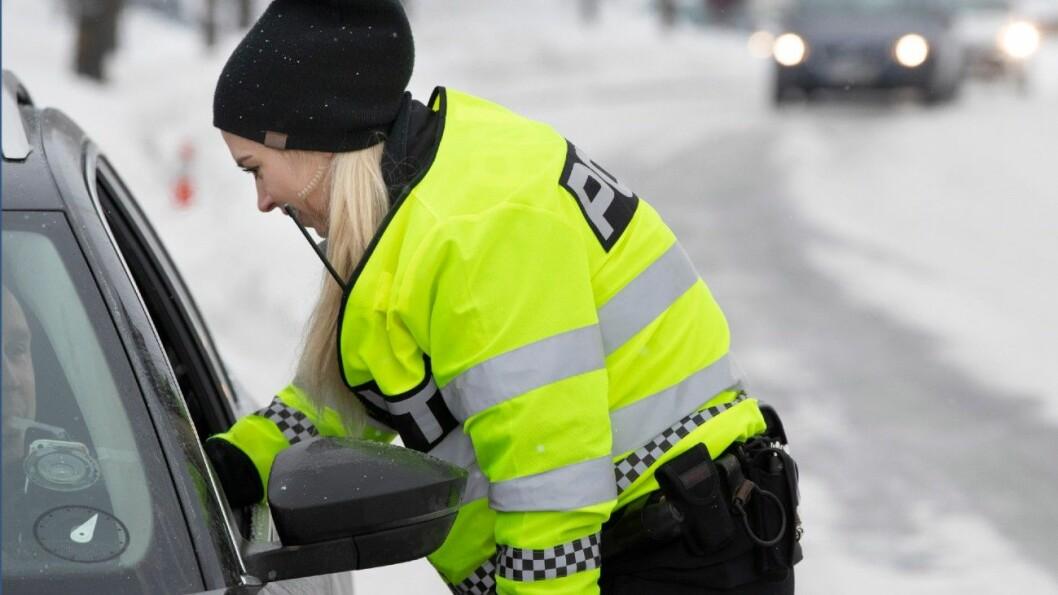 FÆRRE: Nå blir det langt færre promillekontroller langs veiene. Foto: Geir Olsen