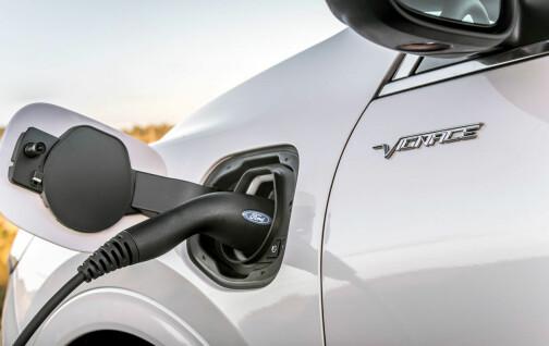 Tilbyr gratis bensin fordi ladehybriden er brannfarlig