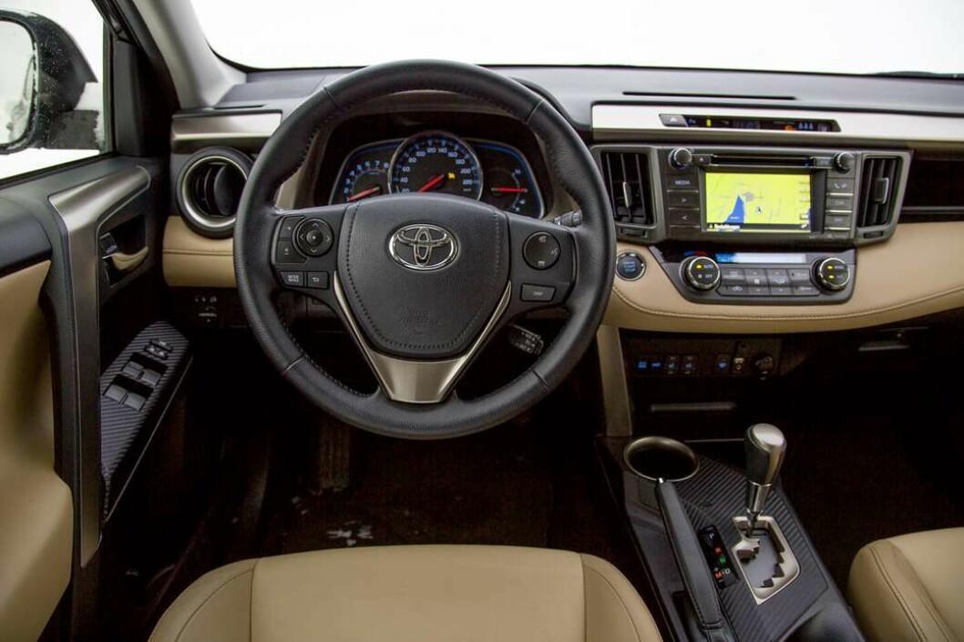 2013-MODELL: Toyota RAV4.