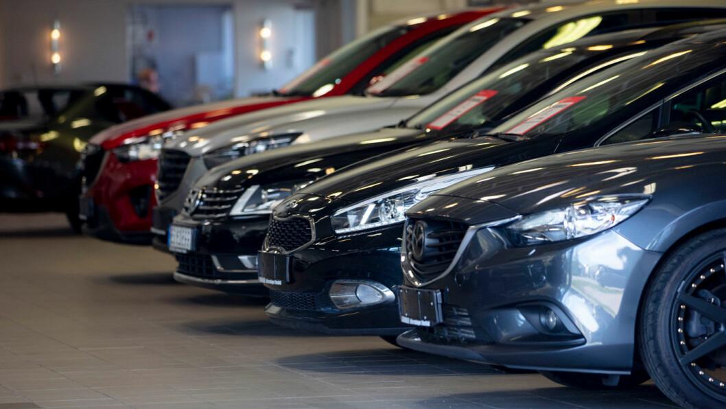 TRENGER HJELP: Bilsalget har gått rett til bunns etter korona-utbruddet. Foto: Geir Olsen