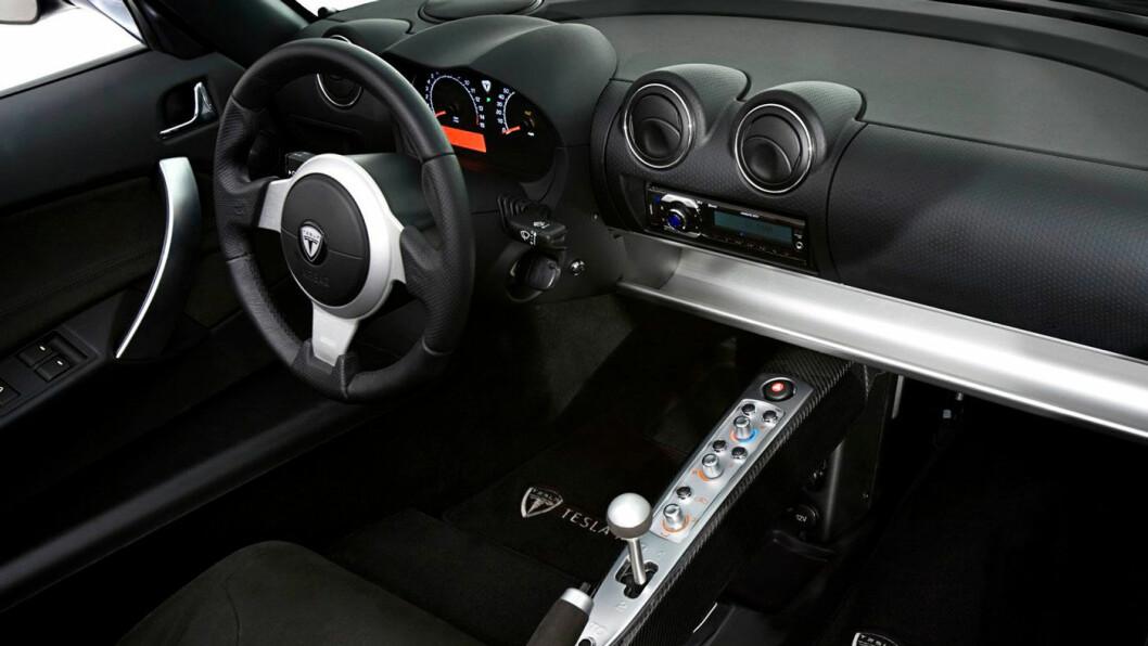 2010-MODELL: Tesla Roadster.