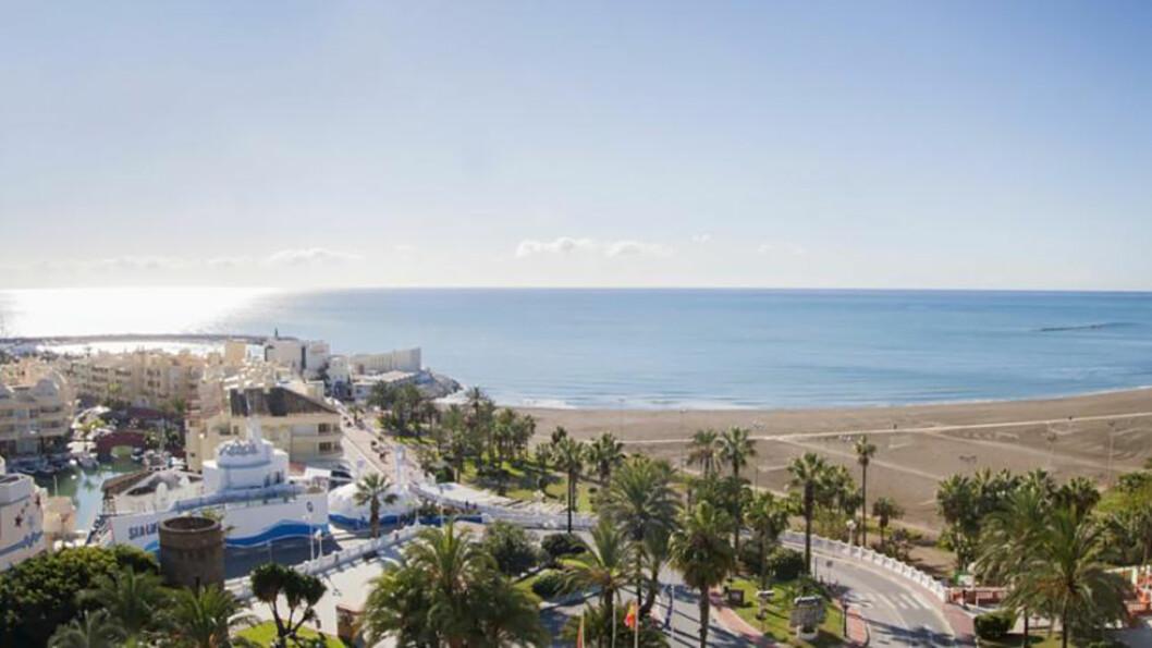 ET AVBREKK FRA KULDA: Lange sandstrender og en flott strandpromenade som gjør at du kan gå tur langs havet hver eneste dag.