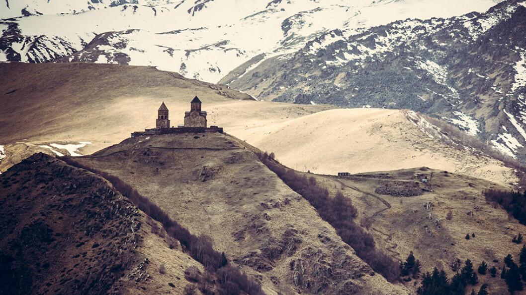 HIMMELSK BELIGGENHET: Sameba-kirken ligger spektakulært til, hele 2170 meter over havet. Foto: Shutterstock