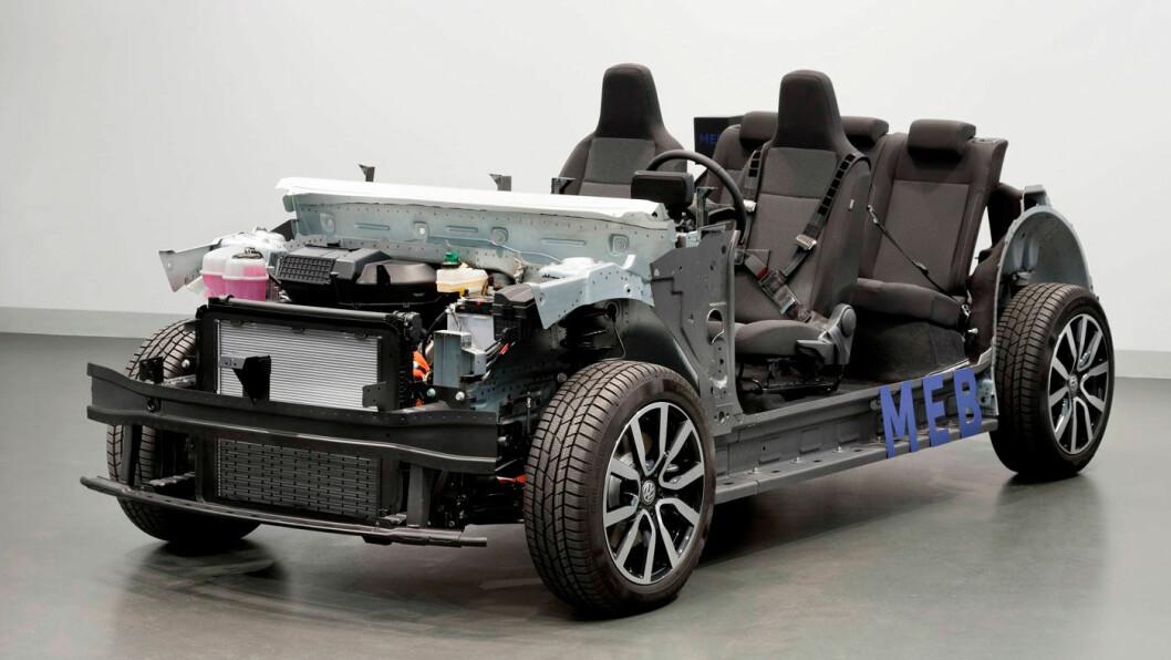 MÅ FORKORTES: Den helelektriske produktplattformen MEB (bildet) har en for lang akselavstand for minibilene. Foto: Volkswagen AG