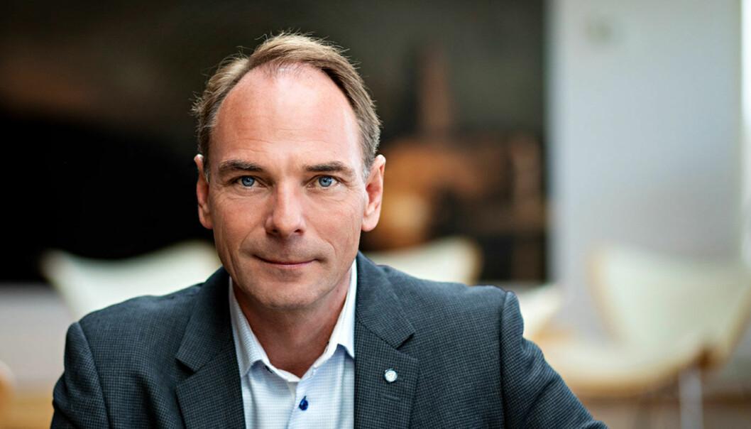 UT MED DE GAMLE: Stig Morten Nilsen i Norges Bilbransjeforbund vil ha bedre tiltak for å bli kvitt de gamle bilene.