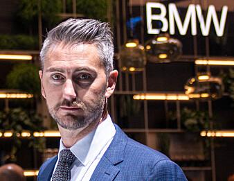 - GJELDER SEKS KUNDEBILER I NORGE: Marius Tegneby, kommunikasjonsdirektør i BMW Group Norge, sier biler med mulig avvik skal kontrolleres før levering til kunde.