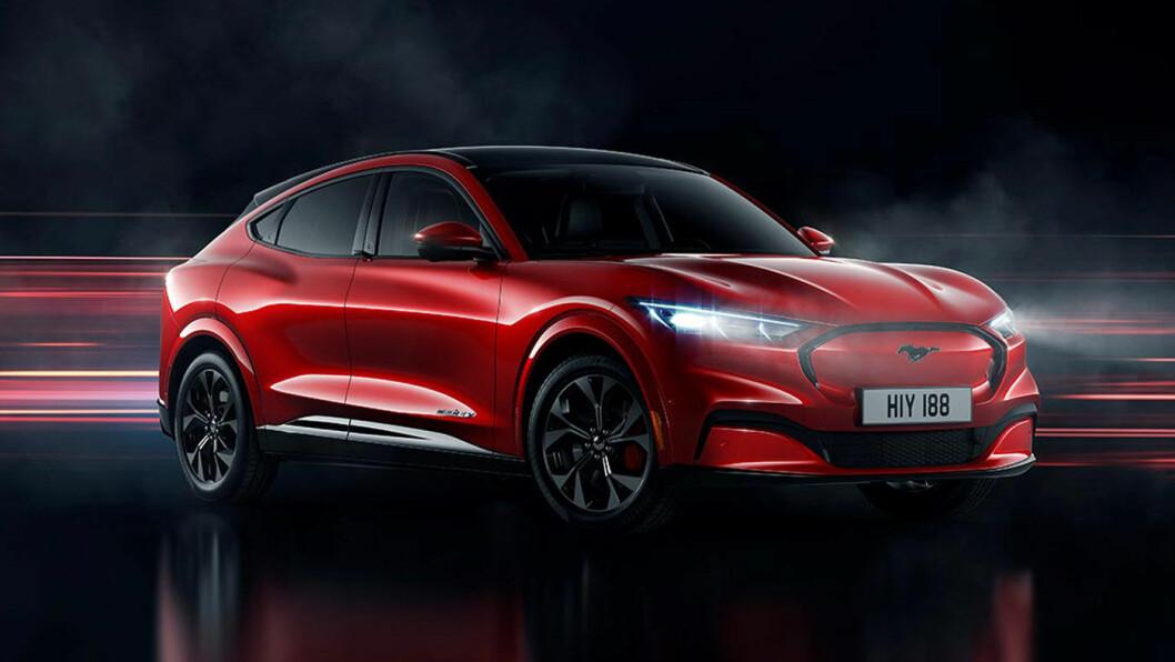 FORSINKET: Fords helelektriske stolthet, Mustang Mach-E, skulle opprinnelig ut til norske kunder i høst. Nå er leveringene skjøvet til januar 2021. Foto: Ford Motor