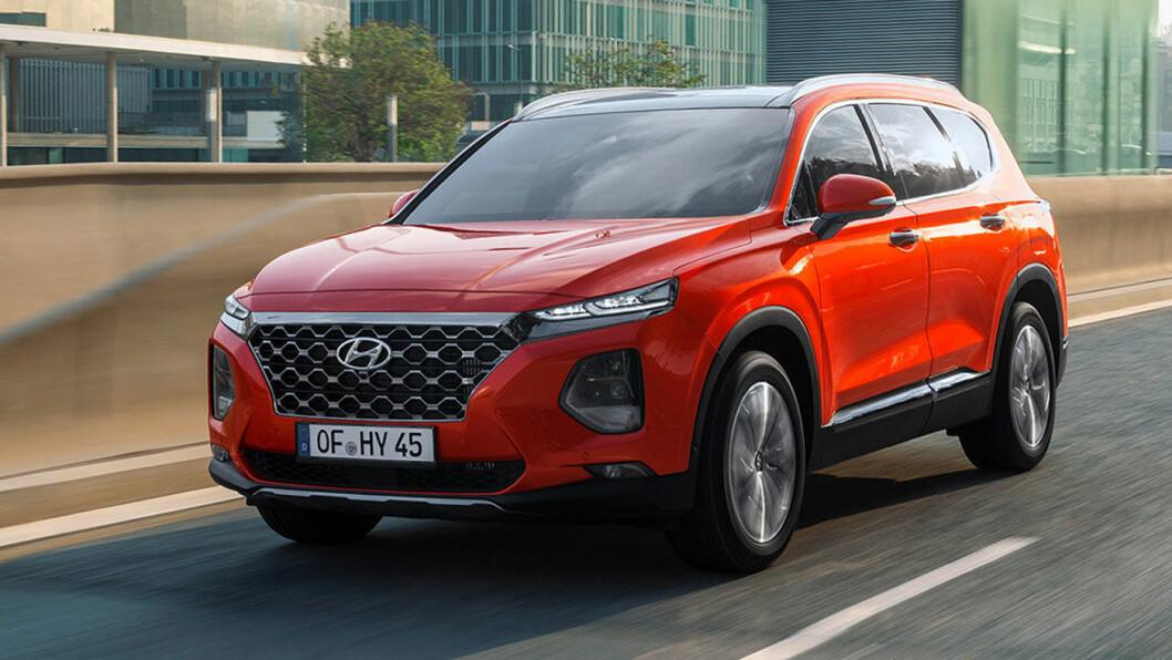 BLE BARE TO ÅR: Hyundai Santa Fe, dagens modell – som kom i 2018. Foto: Hyundai