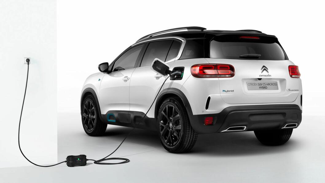 LADBAR PLASSMESTER: Citroën C5 Aircross kommer nå i ladbar versjon, men uten firehjulsdrift. Det kommer bagasjeplassen til gode.