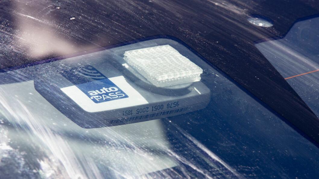 AUTOPASS: Vegdirektoratet og Statens vegvesen eier Autopass, som er innkrevingssystemet bompengeselskapene bruker. Svakhetene ved systemet har vært kjent lenge. Foto: Geir Olsen