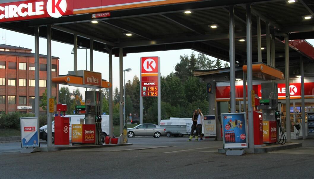 OPP-OPP-OPP: Circle K mener det er lite drivstoffselskapene får gjort med de høye prisene for bensin og diesel.