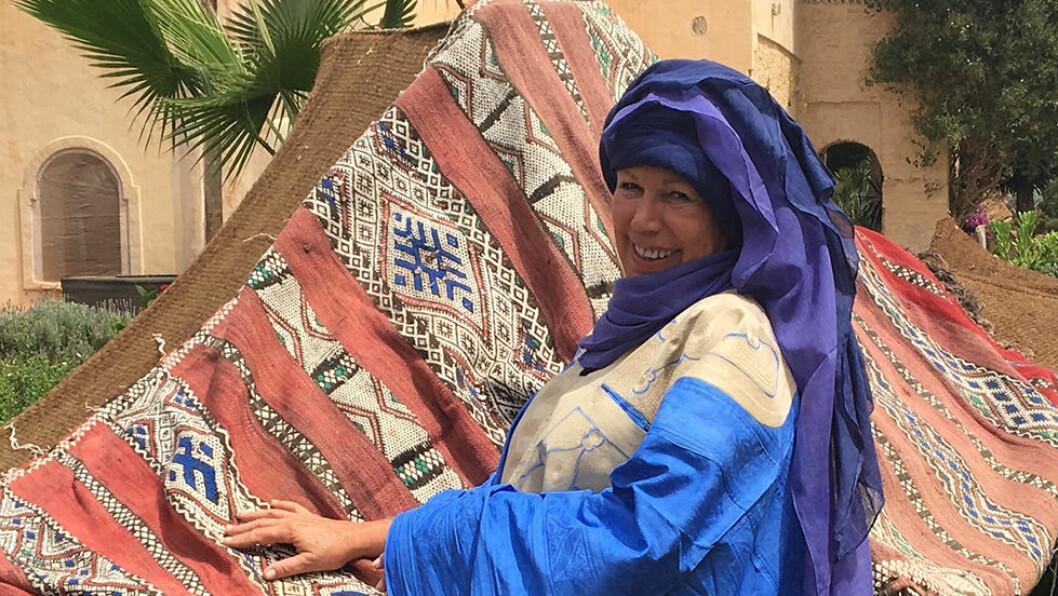 DET GENUINE MAROKKO: Anne Marthe Barfod har bodd i Marokko i over 30 år og kjenner landet og språket. I Sahara tar hun oss med på en overnatting ute i ørkenen. Foto: Escape