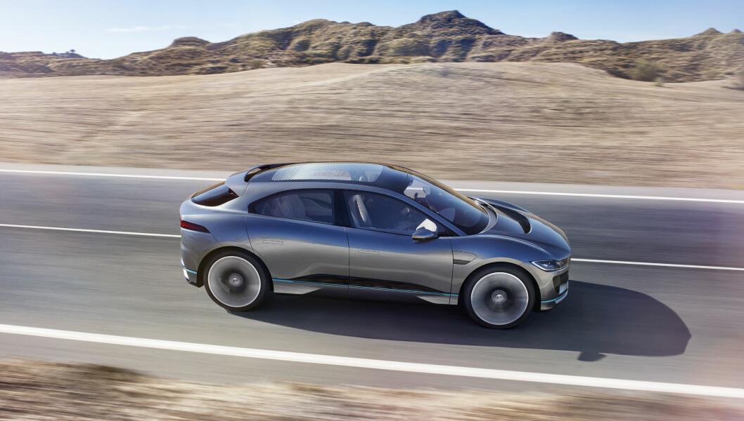 FØRSTE: I-Pace er Jaguars første elektriske bil. Den kommer på veien i 2018 og får en rekkevidde på opp mot 500 kilometer. Foto: Jaguar