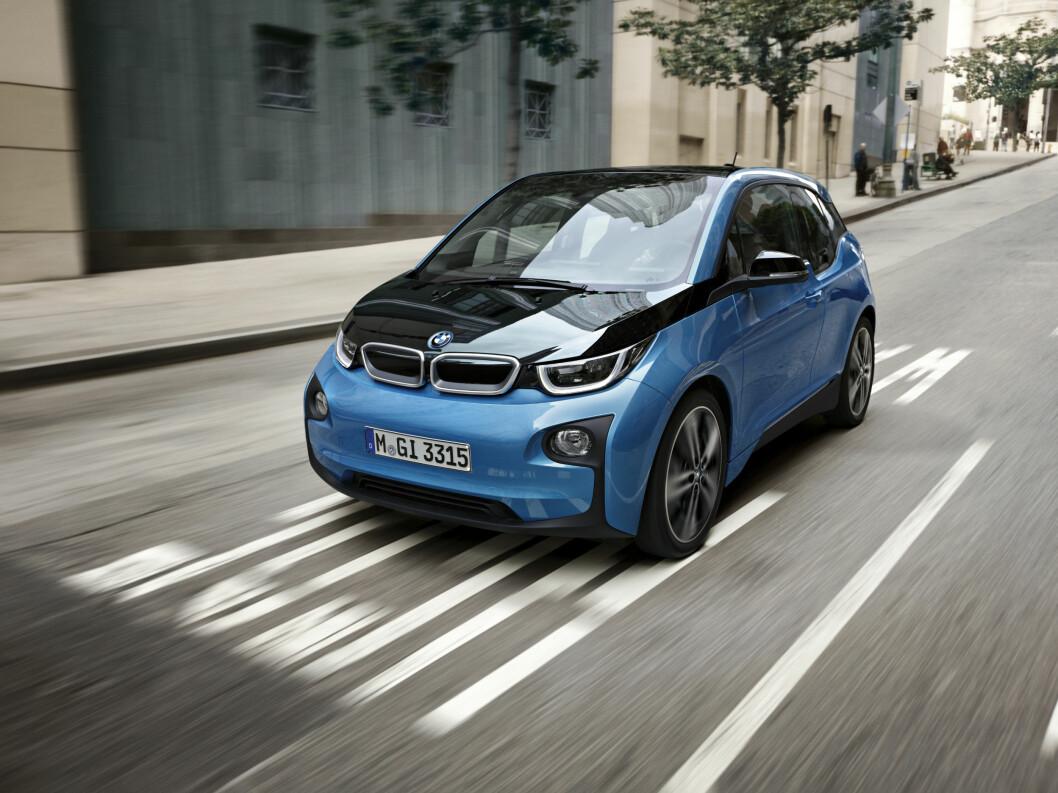 STØYER FOR LITE: Elektriske biler støyer for lite og kan være en fare for myke trafikanter. Nå innfører USA krav om støysignal. Foto: BMW