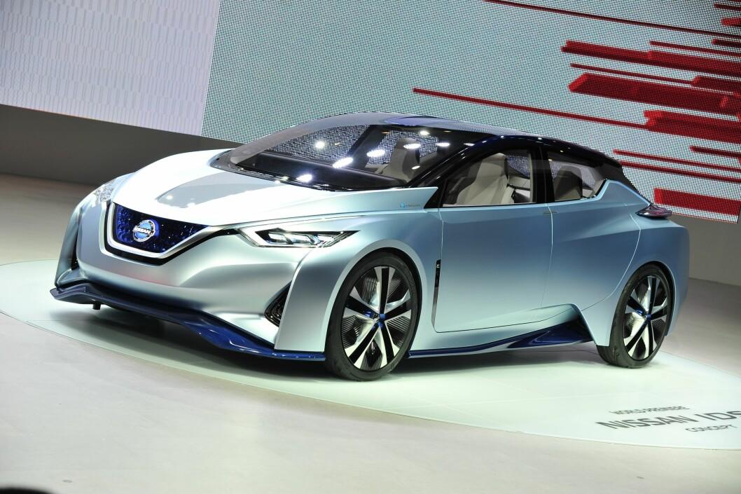 SUKSESS: Etterfølgeren til elbil-suksessen Nissan Leaf er klar i løpet av 2017. Den får klare trekk fra konseptbilen IDS. Foto: Rune Korsvoll