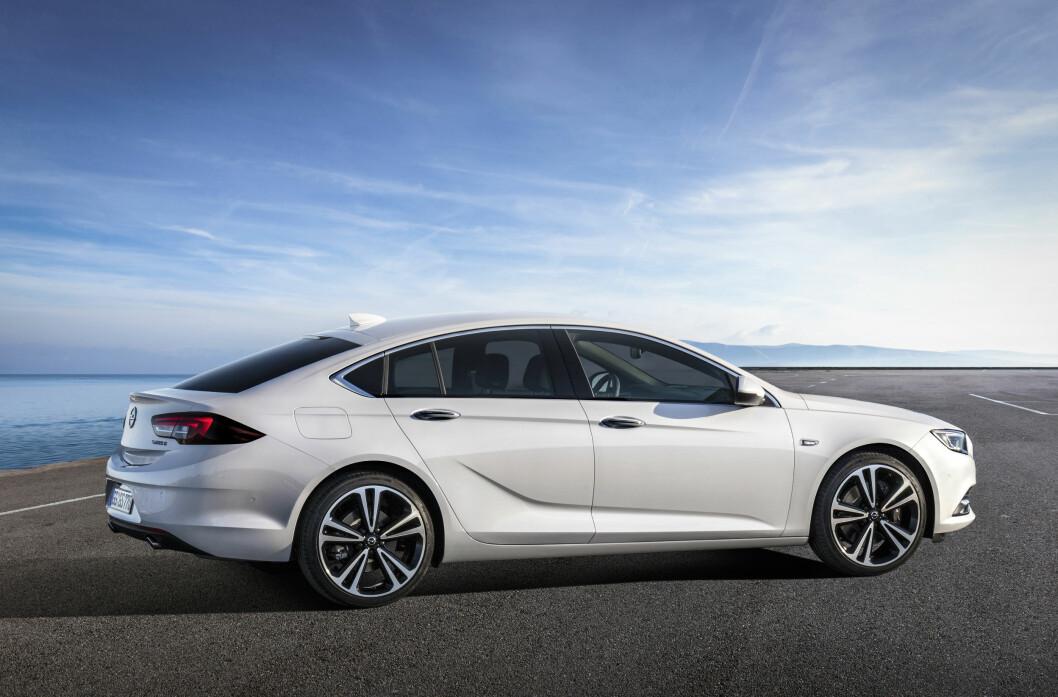 ELEGANT: Nye Insignia blir litt større og mer elegant enn dagsen utgave. Foto: Opel