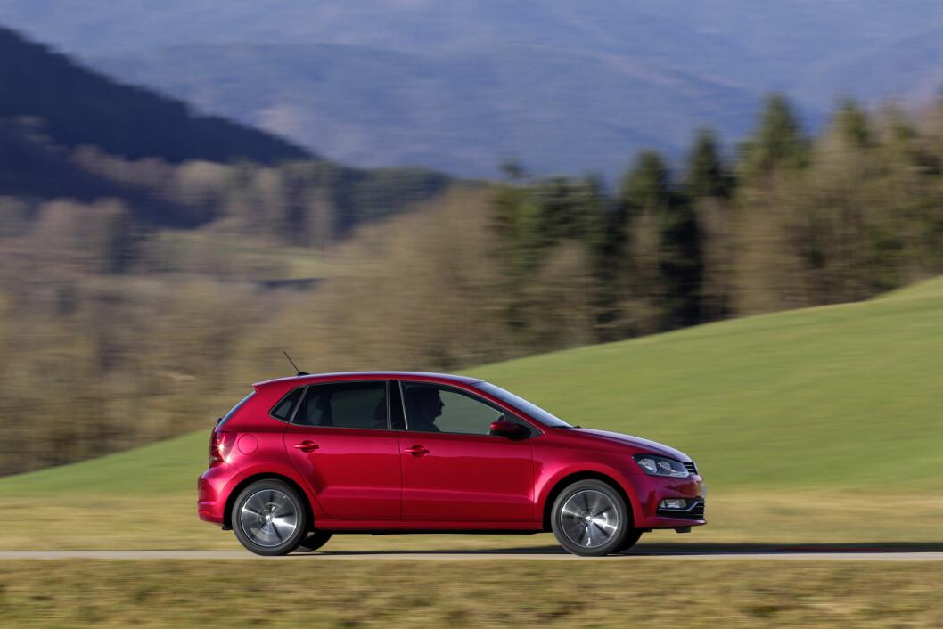 LAVERE NOx: VW Polo fikk betrydelig lavere NOx-utslipp etter at motoren har fått sin oppgradering etter diesel-skandalen. Foto: Rune Korsvoll