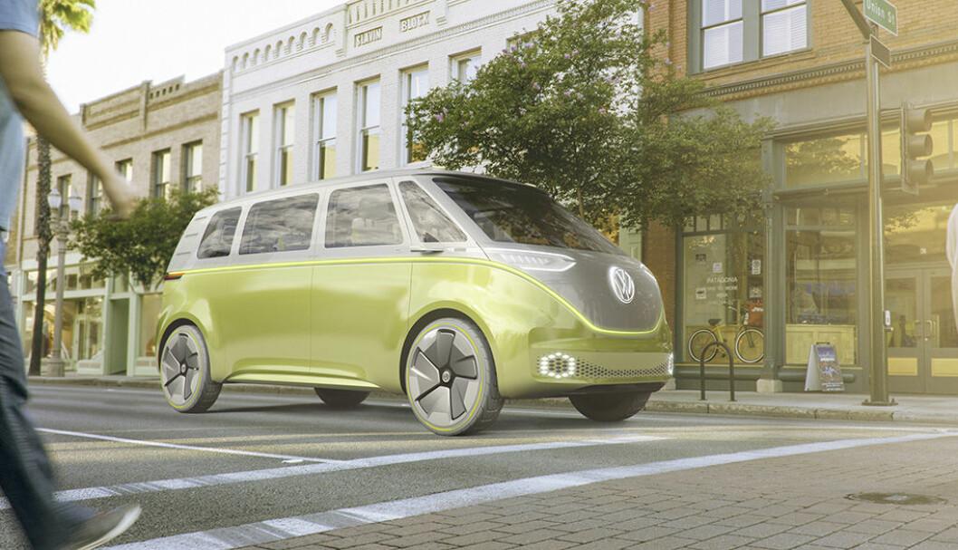 HELT ELEKTRISK: ID Buzz er den andre konsept-bilene VW har bygget på den nye elektriske plattformen. Den første bilen er klar i 2019 Foto: VW