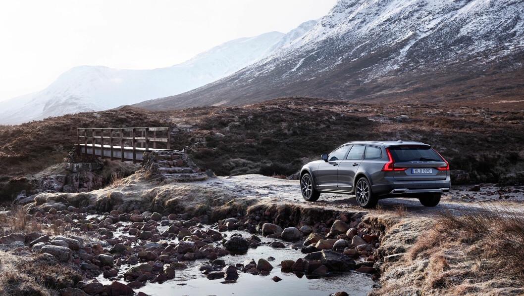 I MAI: Den barske Cross Country-utgaven av Volvo V90 kommer til Norge i mai. Foto: Volvo
