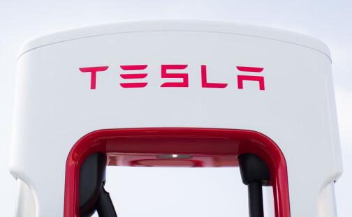 Tesla passerer 1000 ladesteder