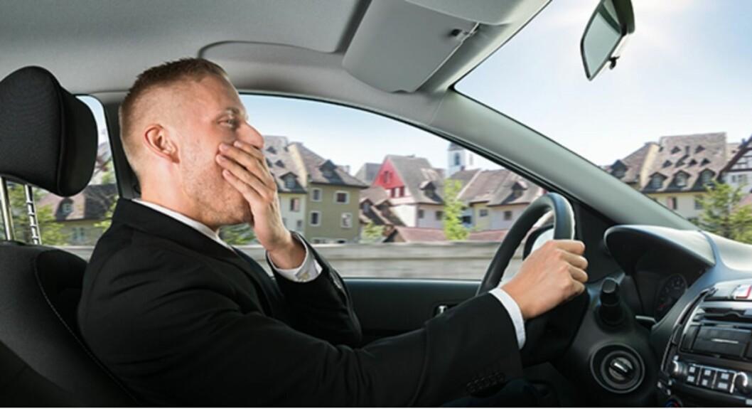 SOM FYLLEKJØRING: – Sover du mindre enn fem timer om natta, er sjansen for å komme i en ulykke dagen etter like stor som om du kjører i fylla, viser undersøkelsen til NAFs søsterorganisasjon AAA. Foto: AAA
