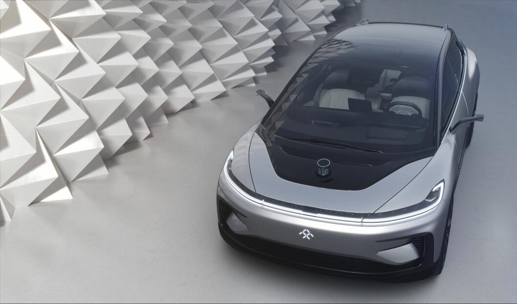 IKKE PÅ SKINNER: FF91 klarte ikke å parkere seg selv da den ble vist fram på messe i Las Vegas.