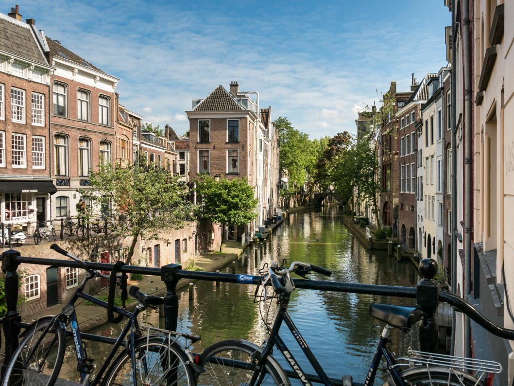 VAKKERT LANGS KANALENE: Ta deg til tid en tur langs og over kanalene når du kommer til Utrecht.