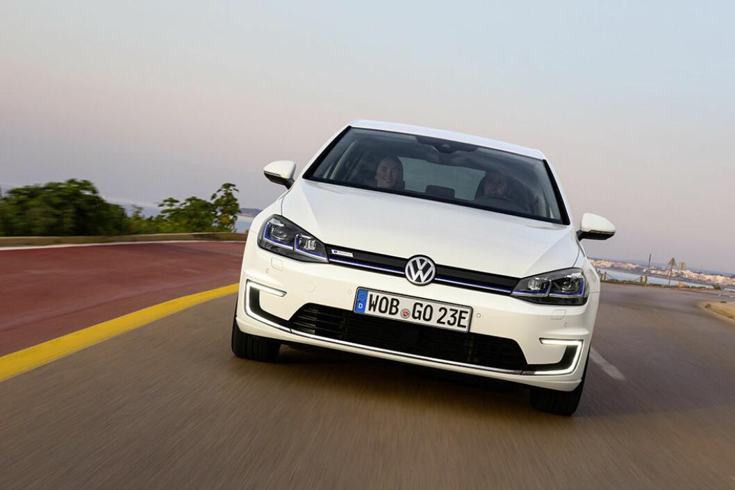 POPULÆR: Volkswagen e-Golf er en av mange modeller som sørget for å bringe elbil-salget til værs. Foto: VW