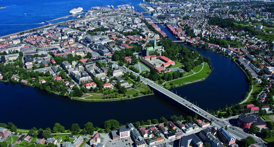 Se en historisk by fra et historisk sted