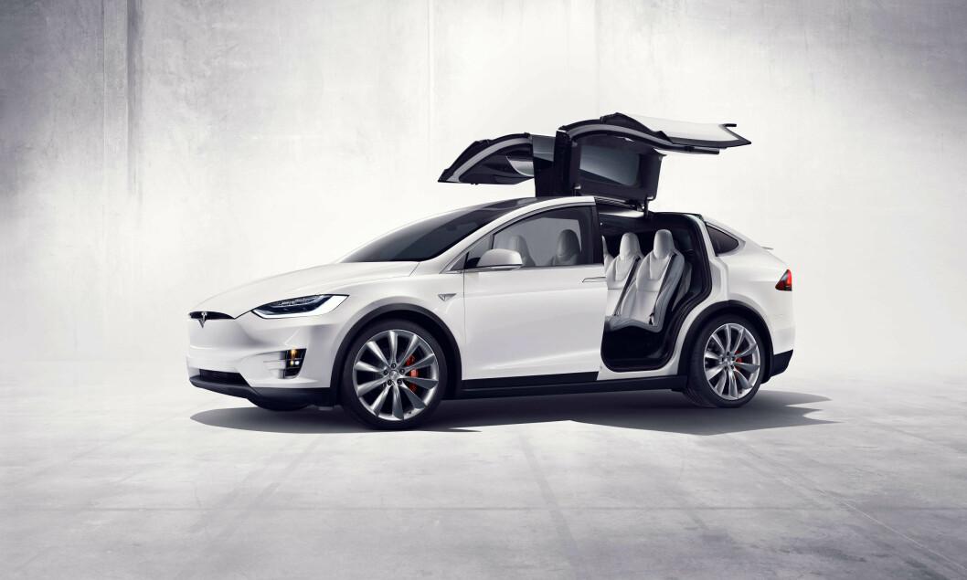 PÅ TOPPEN: Oppgang på det amerikanske aksjemarkedet mandag morgen førte til at Tesla plutselig har en høyere markedsverdi enn selveste GM. Foto: Tesla Inc