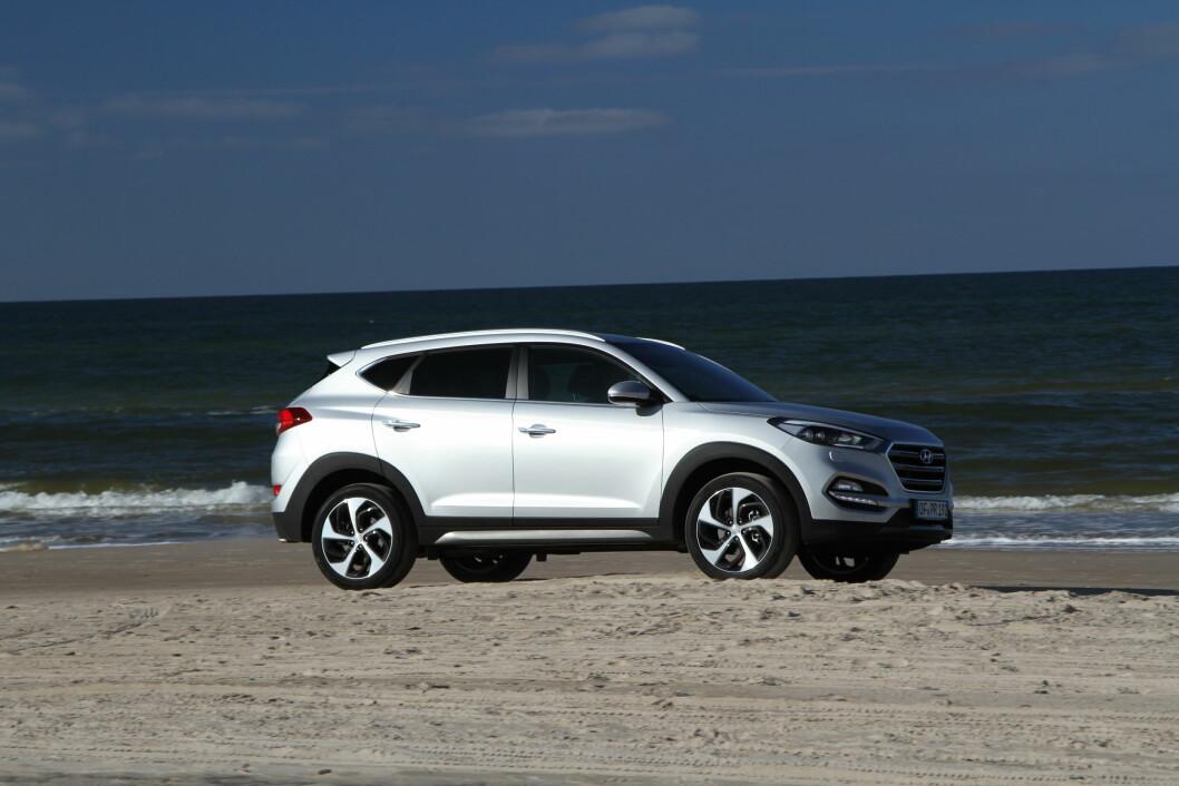 STOR FORANDRING: Hyundai Tucson er blitt større, mer komfortabel og har ikke minst fått nye, moderne motorer. Foto: Rune Korsvoll