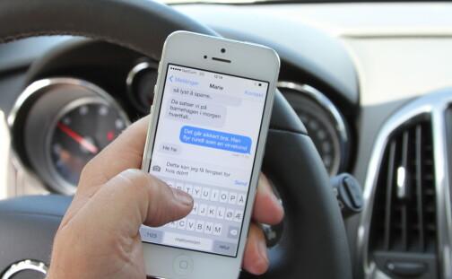 Færre sjåfører bøtelagt for mobilbruk
