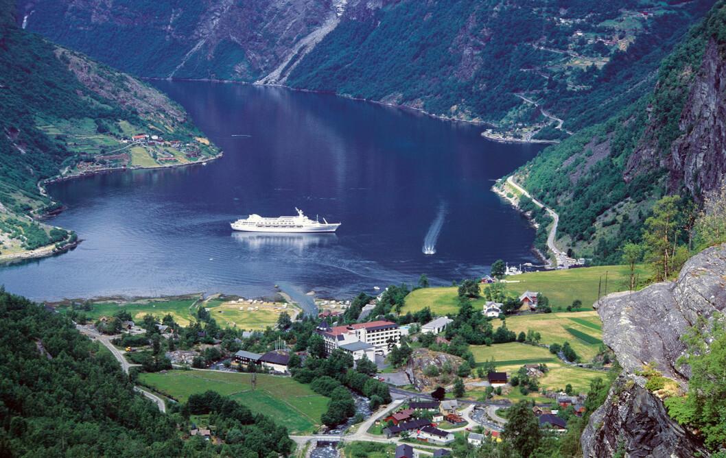 NORSKTOPPEN: Geiranger sett fra Flydalsjuvet er en klassisk utsikt. Foto: Per Roger Lauritzen