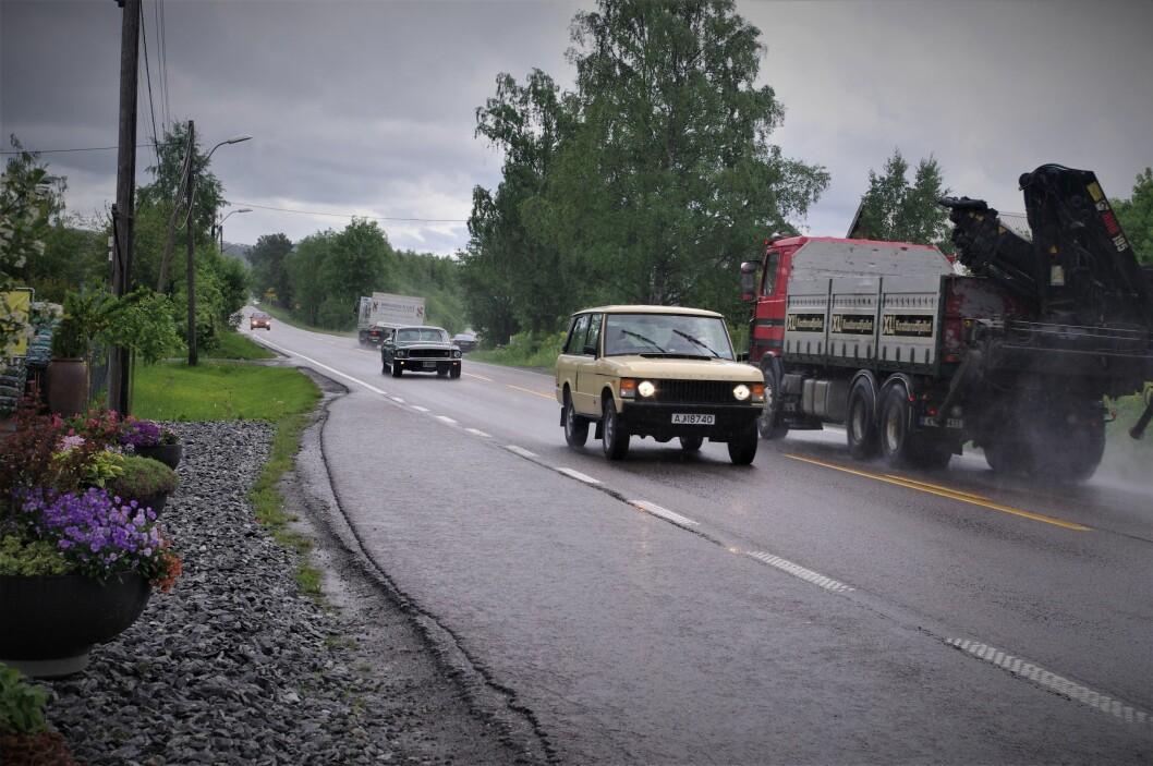 TRE GANGER FARLIGERE: Uten midtrekkverk på E18 gjennom Follo er ulykkesrisikoen mye høyere. Foto: Geir Røed