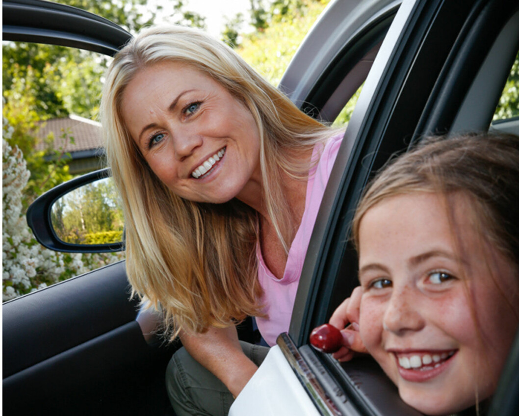UT PÅ TUR: Tine Sundfør og datteren Sofie.