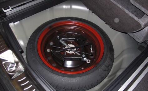 Derfor dropper produsentene reservehjul