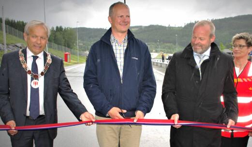 Her åpner Solvik-Olsen sin åttende bompengevei